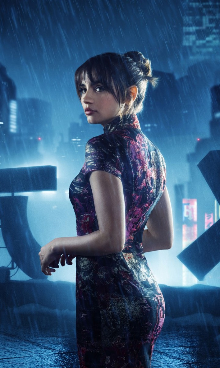 ana_de_armas_as_joi_in_blade_runner_2049_4k-768x1280